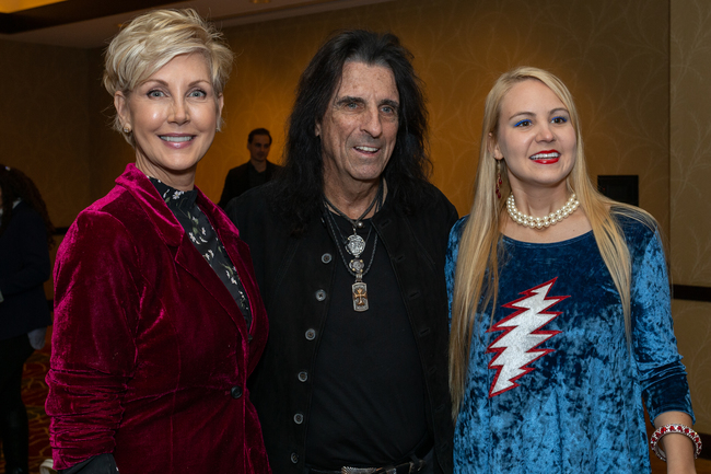 Jerri Duddlesten Moore and Kendra Muecke with Alice Cooper.
